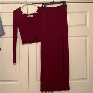 Lucy Love Dresses - Size small 2 piece crop top and slit skirt set